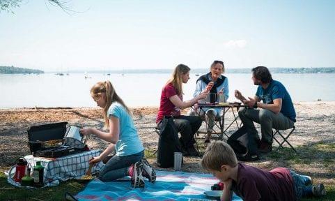 Kochen mit der Familie und der Campfire-Kollektion