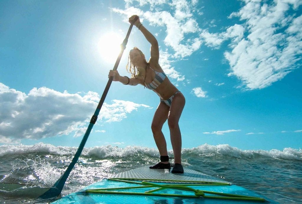 Surfen mit dem SUP auf Maui