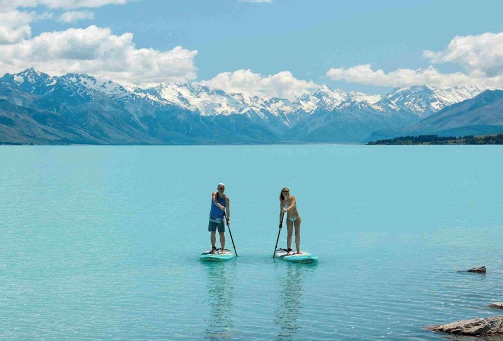 SUPen auf dem Lake Pukaki der Südinsel Neuseelands