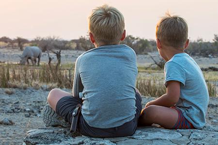 Nashornwatching im Etosha-Nationalpark