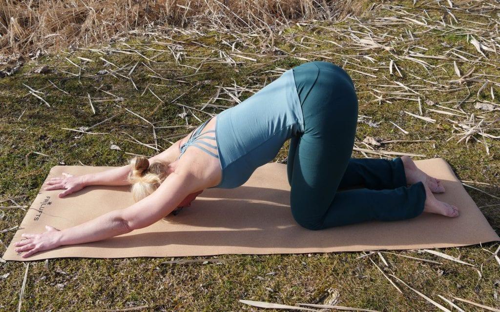 Yoga-Übungen für Anfänger. Ganze Herzstellung