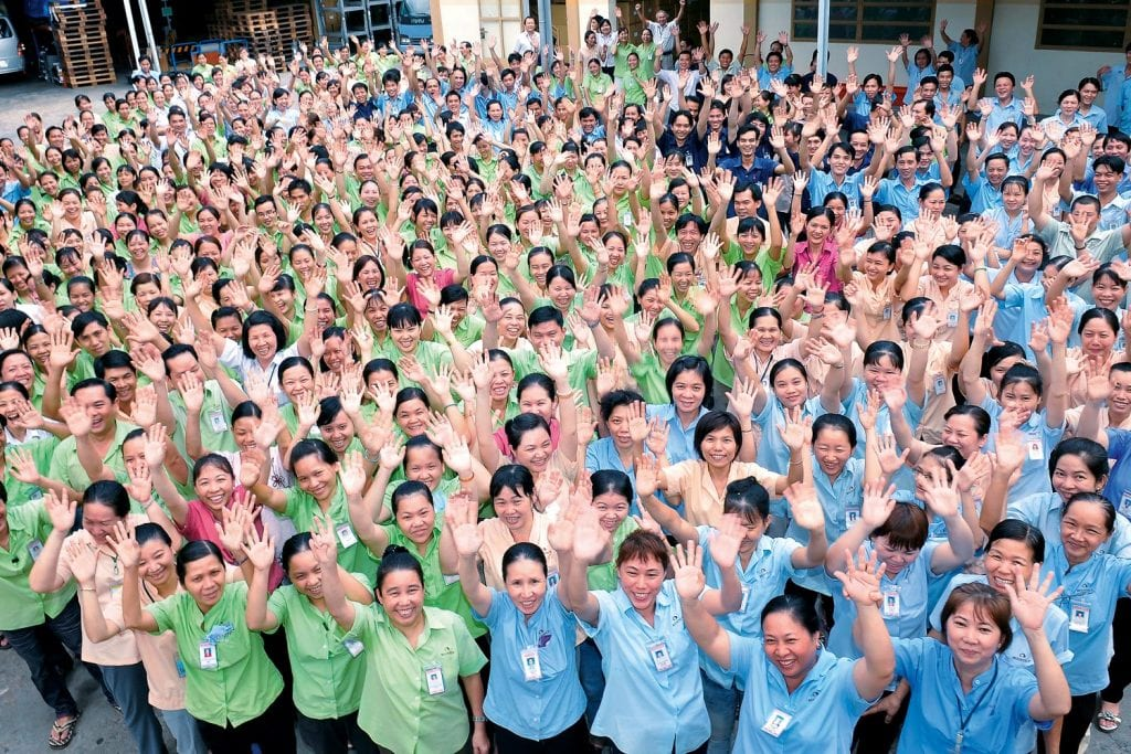 Mitarbeiter der Open Factory von Tatonka in Vietnam
