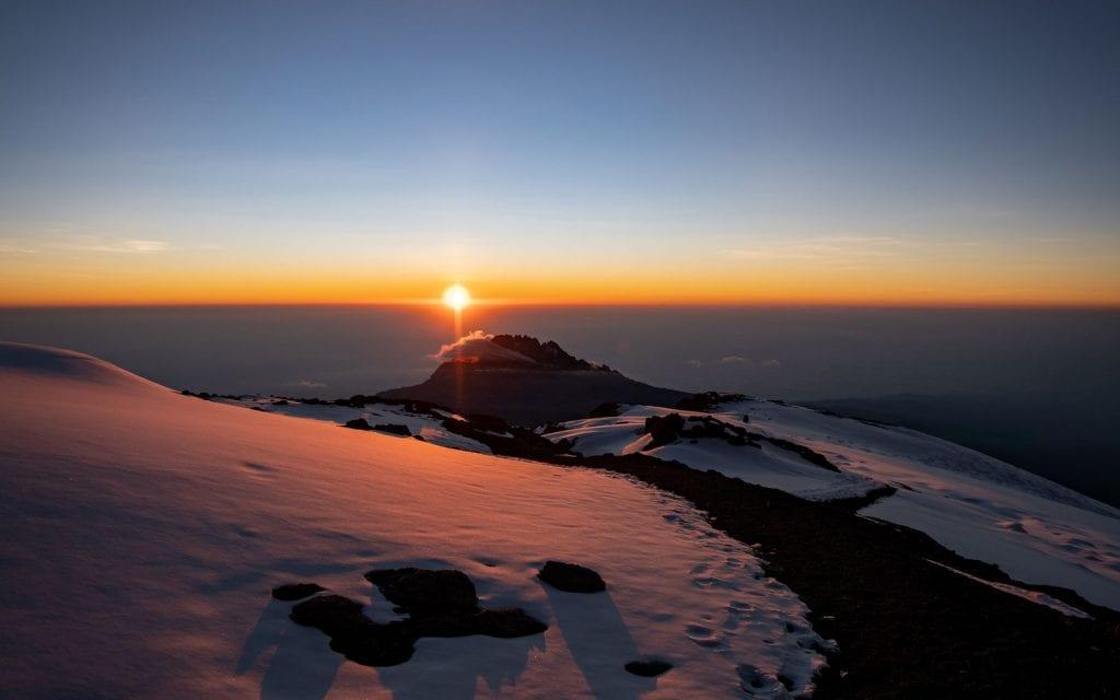 Planer Kilimandscharo Gipfeltag Sonnenaufgang